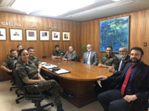 Renaldo recebe representantes do Patrimônio Imobiliário do Exército